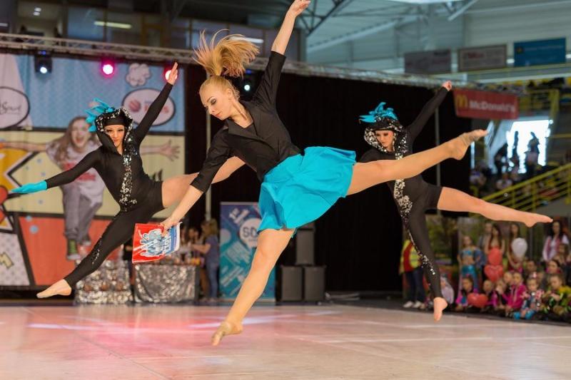 Ve víru tance a divokého rytmu